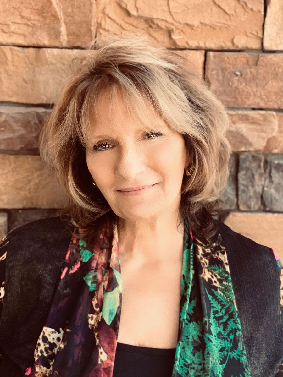 Julie Davids, PHR, MOB