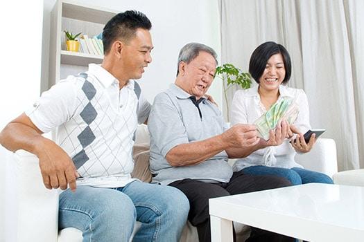 Helping Dementia Senior to Manage Money in Tucson, AZ