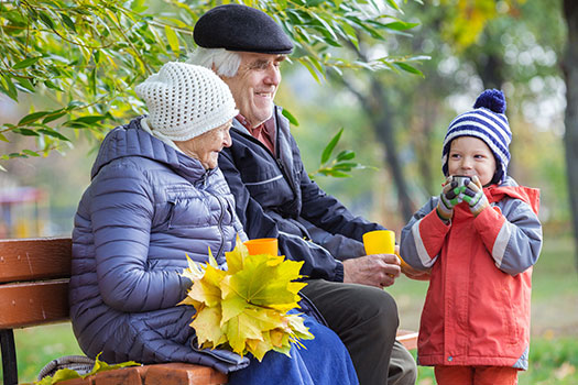 5 Tips for Talking to Your Kids About Dementia in Tucson, AZ