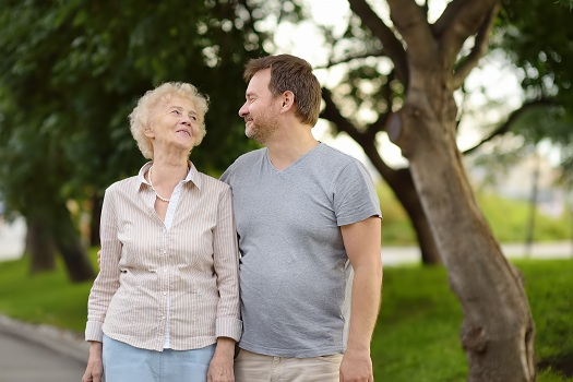 Helping Aging Parents Make Healthier Decisions in Tucson, AZ