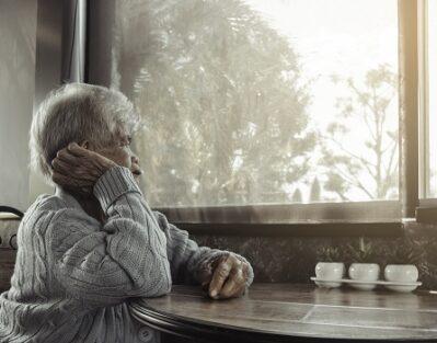 Reasons Seniors Develop Early-Onset Dementia in Tucson, AZ