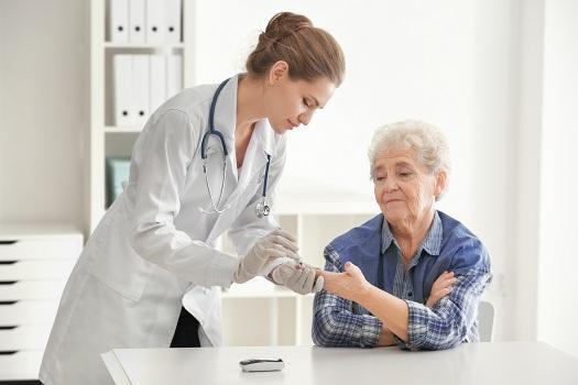 Helping Seniors Maintain Healthy Blood Sugar in Tucson, AZ