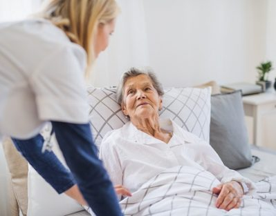 Helping an Elderly Loved One Avoid Bedsores in Tucson, AZ
