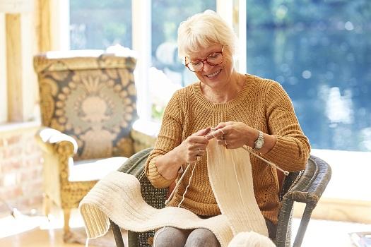 Hobbies that Boost Seniors' Quality of Life in Tucson, AZ