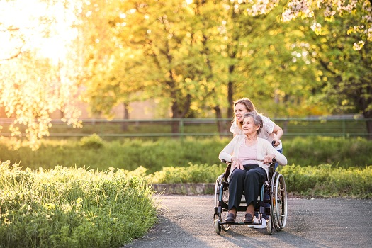 Outdoor Activities Aging Adults in Wheelchairs Should Consider in Tucson, AZ